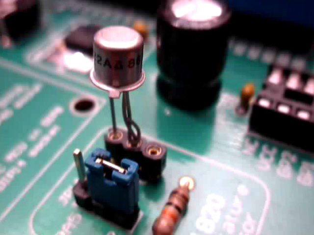 2N2222 NPN transistor in diode mode as temperature sensor
